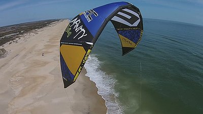 Infinity v4 light wind kite machine